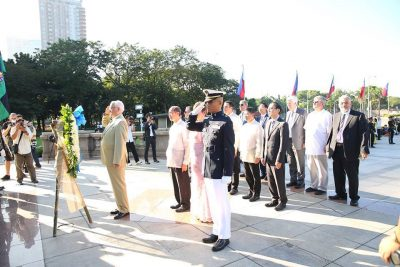 gusi-2016-q-wreath-laying-ceremony-rizal-park