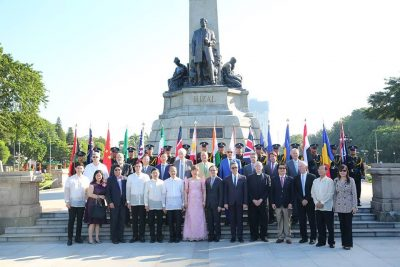 gusi-2016-n-wreath-laying-ceremony-rizal-park